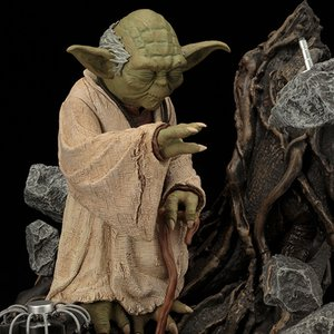 Figures & Dolls / Scale Figures / ArtFX Star Wars Yoda: The Empire Strikes Back Repainted Ver.