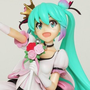Hatsune Miku Celebration Ver. 1/7 Scale Figure