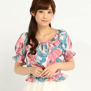 LIZ LISA Large Flower Pattern Top