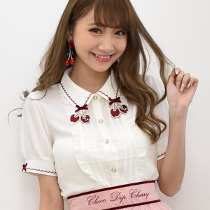 LIZ LISA Chocolate-Dipped Cherries Blouse