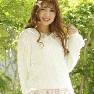 LIZ LISA Cable Ribbon Knit Top