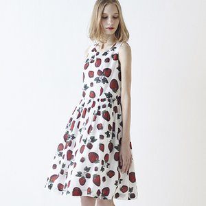Q-pot. Strawberry Field Sleeveless Dress