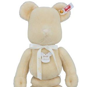 Toys & Knick-Knacks / Collectable Toys / BE@RBRICK x Steiff 400% White