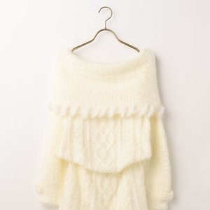 LIZ LISA Off-Shoulder Fur Knit Dress