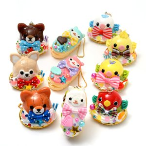 Toys & Knick-Knacks / Collectable Toys / Extravagant Sweets Amuse Character Keychains