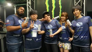 GAME / [TGS 2016] Attendees Take on Pro Gamer Team Evil Geniuses at Street Fighter V Showdown Tournament Presented by Monster Energy!
