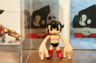17 Authors Pay Respects to Osamu Tezuka Through Exhibition of Tribute Works