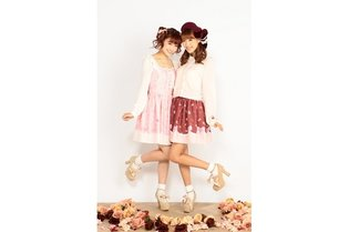"""""""Puella Magi Madoka Magica"""" and LIZ LISA Collaboration: A Beautiful Lineup with One-Piece Dresses and Cardigans"""