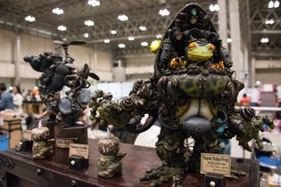 WonFes Wows with Lineup of Myriad Life-Size Figures!