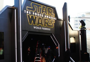 "MOVIE / ""Star Wars: The Force Awakens"" Premieres in Hollywood"