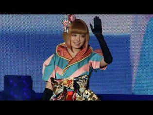"Kyary Pamyu Pamyu Appears Surprisingly at ""Hello Japan Fes""! New CM with 1 Person in 17 Roles and New Song Also Debuted!"