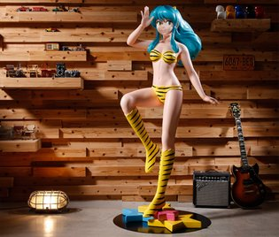 FIGURE / Life-sized Lum Could be Yours for Only 1 Million Yen