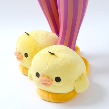 b32e567a8f71 Kiiroitori Plush Slippers 5. Kiiroitori Plush Slippers 1