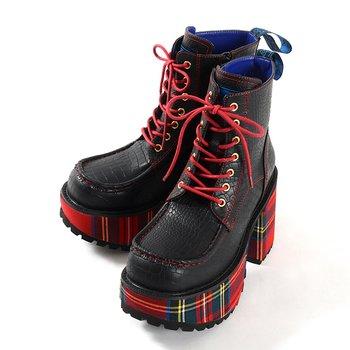 dd490aa8947 YOSUKE USA Chunky Platform Boots 1