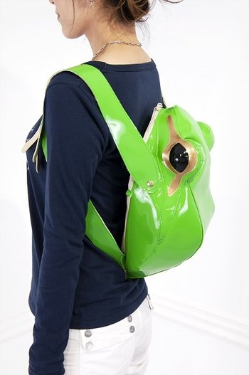Frog Backpack 1