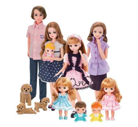 família da boneca Licca-chan