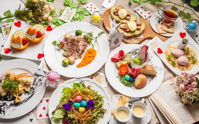 Enchanting Alice in Wonderland-themed Menu Offered for Easter!
