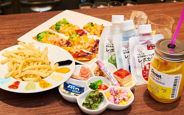 All-You-Can-Draw Rakugaki Café Has Zero Limits! [Photo Report]