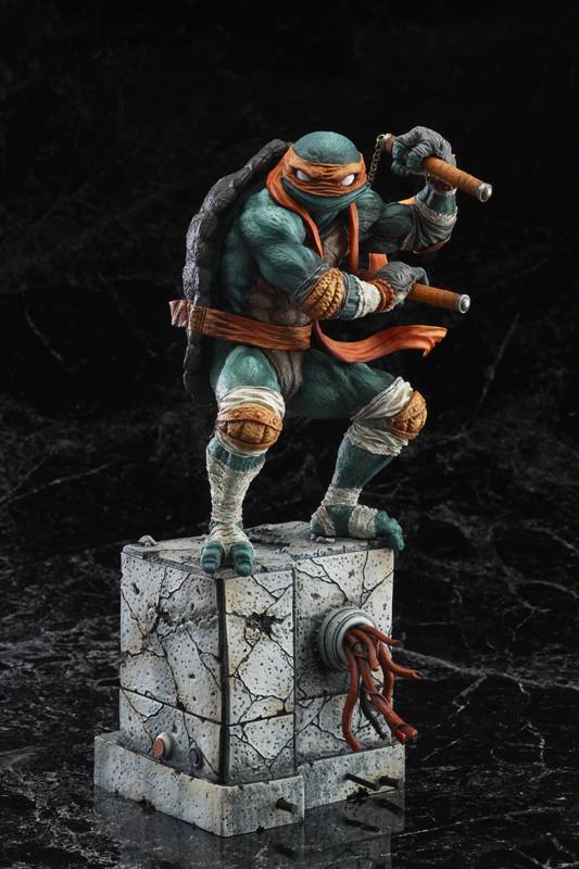 Teenage Mutant Ninja Turtles Michelangelo Statue Tokyo